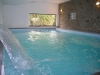 piscina coperta in agriturismo, cascate cervicali